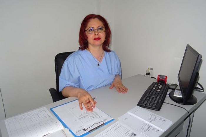 lucrați de la secretarul medicului de la domiciliu)