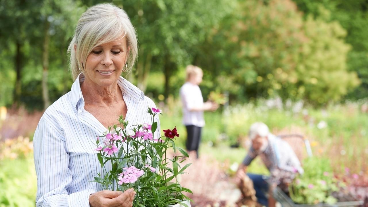 La ce vârstă apare menopauza?